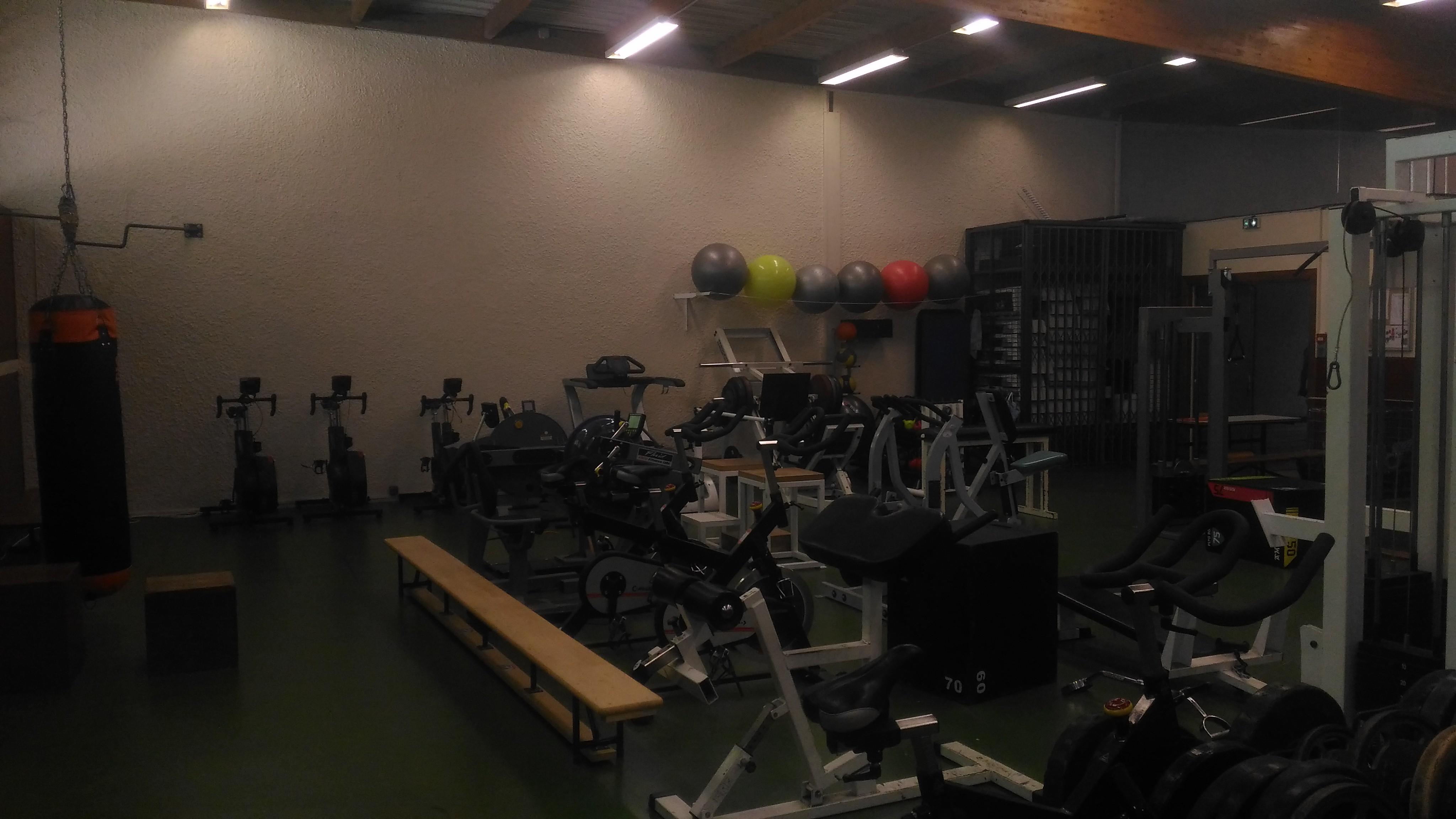 Salle De Musculation De L Ufrstaps Siuaps De Lyon Service